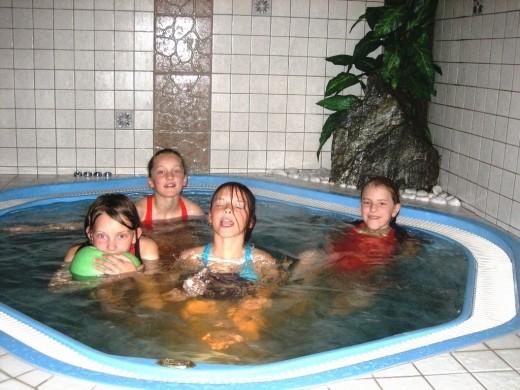 Angebot: Whirlpool f�r Kinder
